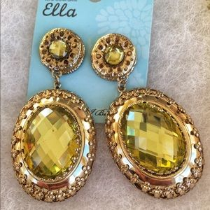 NWT Ella Sparkly Fashion Statement Drop Earrings